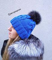 Вязанная шапка с натуральным помпоном энота
