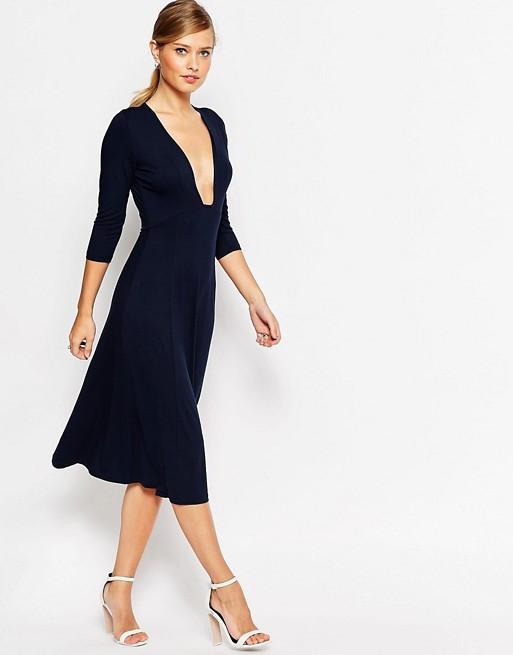 3f3ee04d9a3 Новое миди платье с глубоким декольте ASOS - Интернет-магазин UTOPIA -  брендовая одежда по