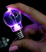 Лампочка Брелок (меняет цвет)