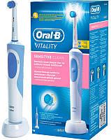 Электрическая зубная щетка Oral-B Braun Vitality Sensitive Clean D12.513S