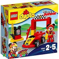 Конструктор Lego Гоночный автомобиль Микки 10843