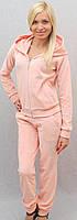 Велюровый костюм со стразами персиковый