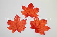 Листочок осінній 9*9,5 см червоний