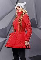 Красная зимняя расклешенная куртка с вышивкой