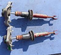 Амортизатор переднийAudiA4 B7 2.0tfsi2004-20088E0413031DF