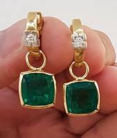 Золотые серьги с изумрудами и бриллиантами .