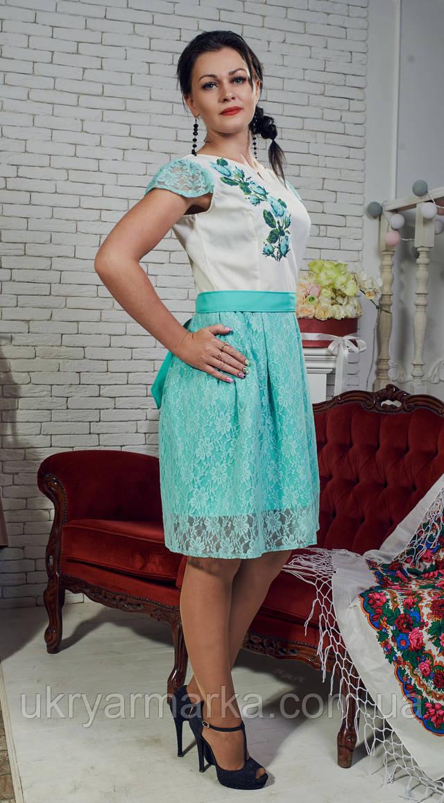 Мода на стиль етно в цьому сезоні підкорила стильних красунь по всій  Європі. Нам українцям 92e923c160799