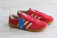 Кроссовки Adidas Hamburg женские, красные