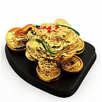 "Статуэтка Жаба ""золото"" на подставке каменная крошка (8х6,5х4,5 см)"