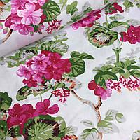 Сатин с цветами на белом фоне №751