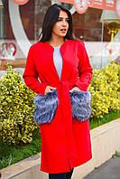 Женское пальто с меховыми карманами в большом размере