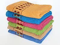 Махровое лицевое полотенце 100х50см (ромбы, золото)