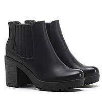 Очень удобные ботинки с Польши  размеры 36,37,40,41