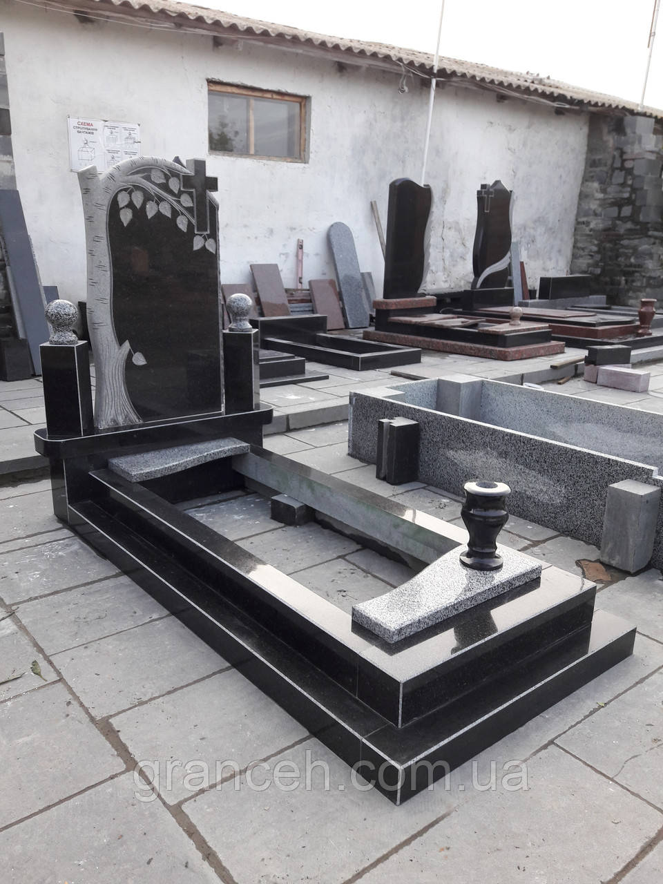 Памятник из гранита №140 - GRANCEH в Житомирской области