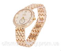 Часы наручные женские с надписью OMEGA