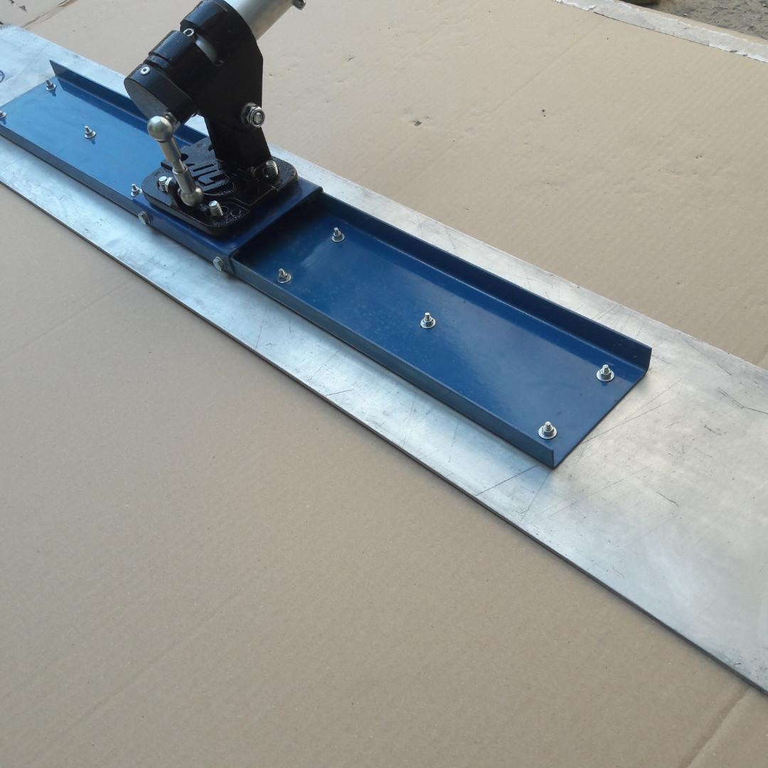 Магниевая гладилка для бетона канальная с поворотным механизмом и штангами (гладилка телескопическая в сборе)