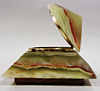 Шкатулка пирамида из оникса