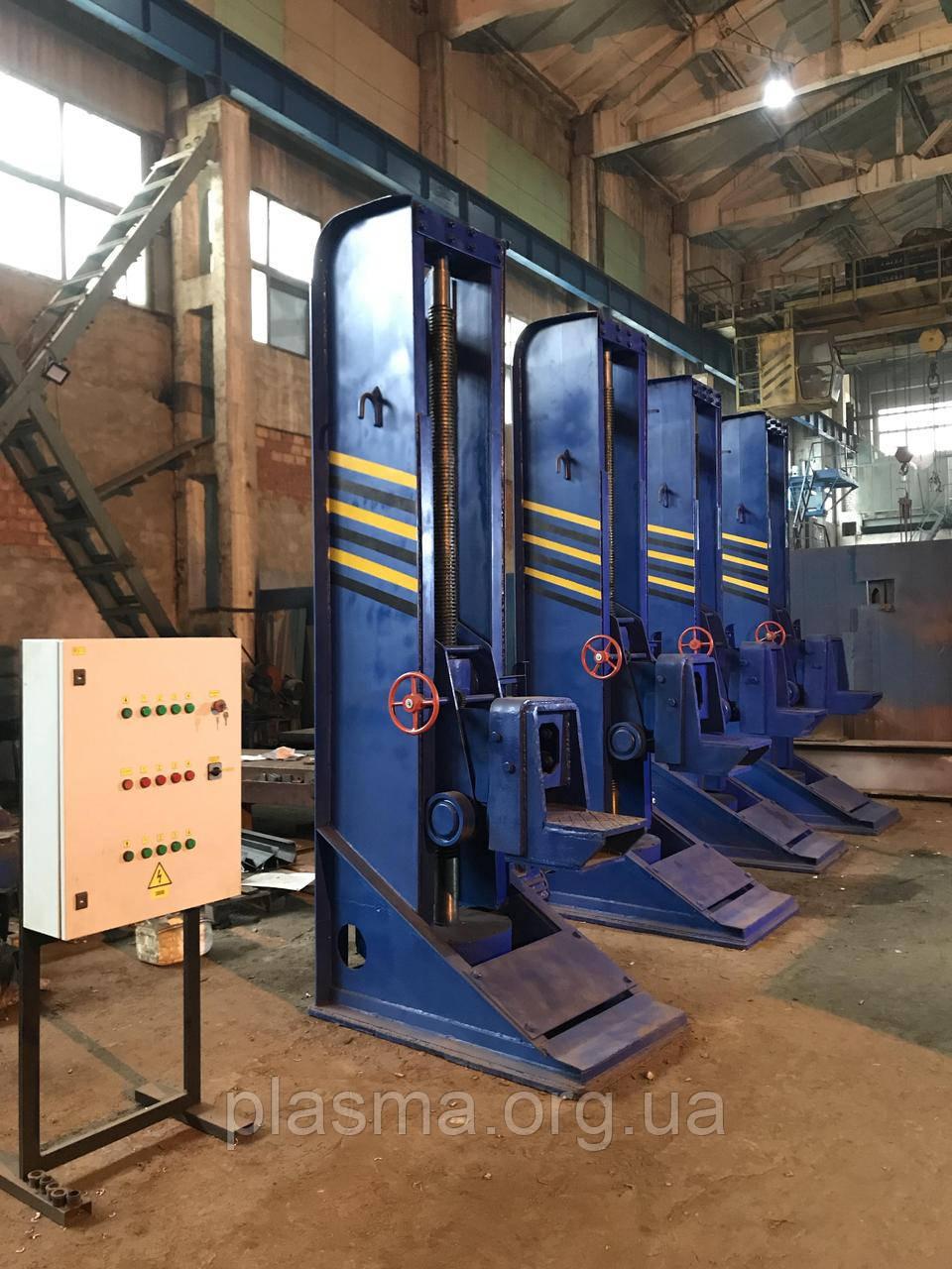 Домкрати залізничні тепловозні ДТ-30, ДТ-40