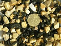 Aquarium Plus - грунт для аквариума базальт микс (черно-белый) 5-10 мм 1 кг