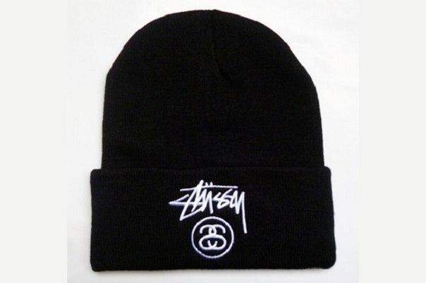 Зимняя шапка чёрная с логотипом Stussy в стиле унисекс мужская женская