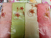 Метровое красивое полотенце