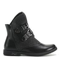 Модные ботинки из новой коллекции