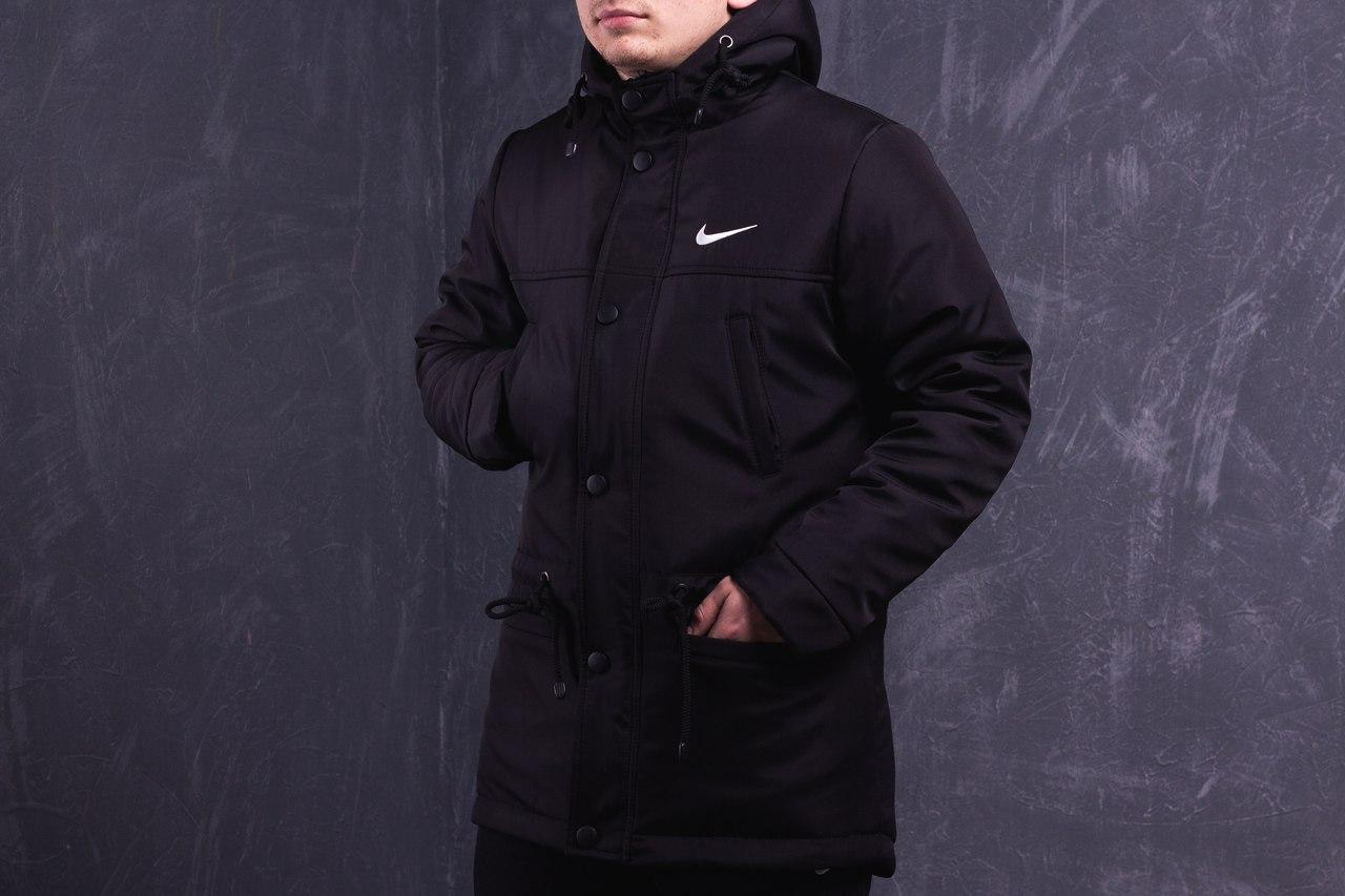 Парку зимова Nike, чорна