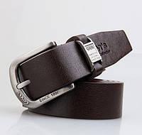 Качественные мужские кожаные ремни LEVIS. Универсальный аксессуар. Хорошее качество. Доступно. Код: КГ2125