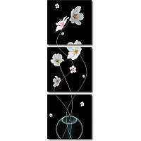 Вертикальная модульная картина ЦВЕТУЩИЕ ВЕТКИ В ВАЗЕ из 3 частей