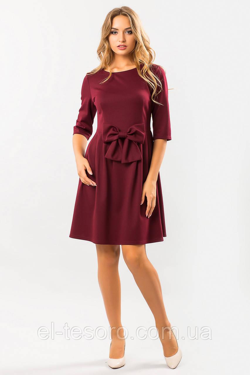 Бордовое платье с бантом