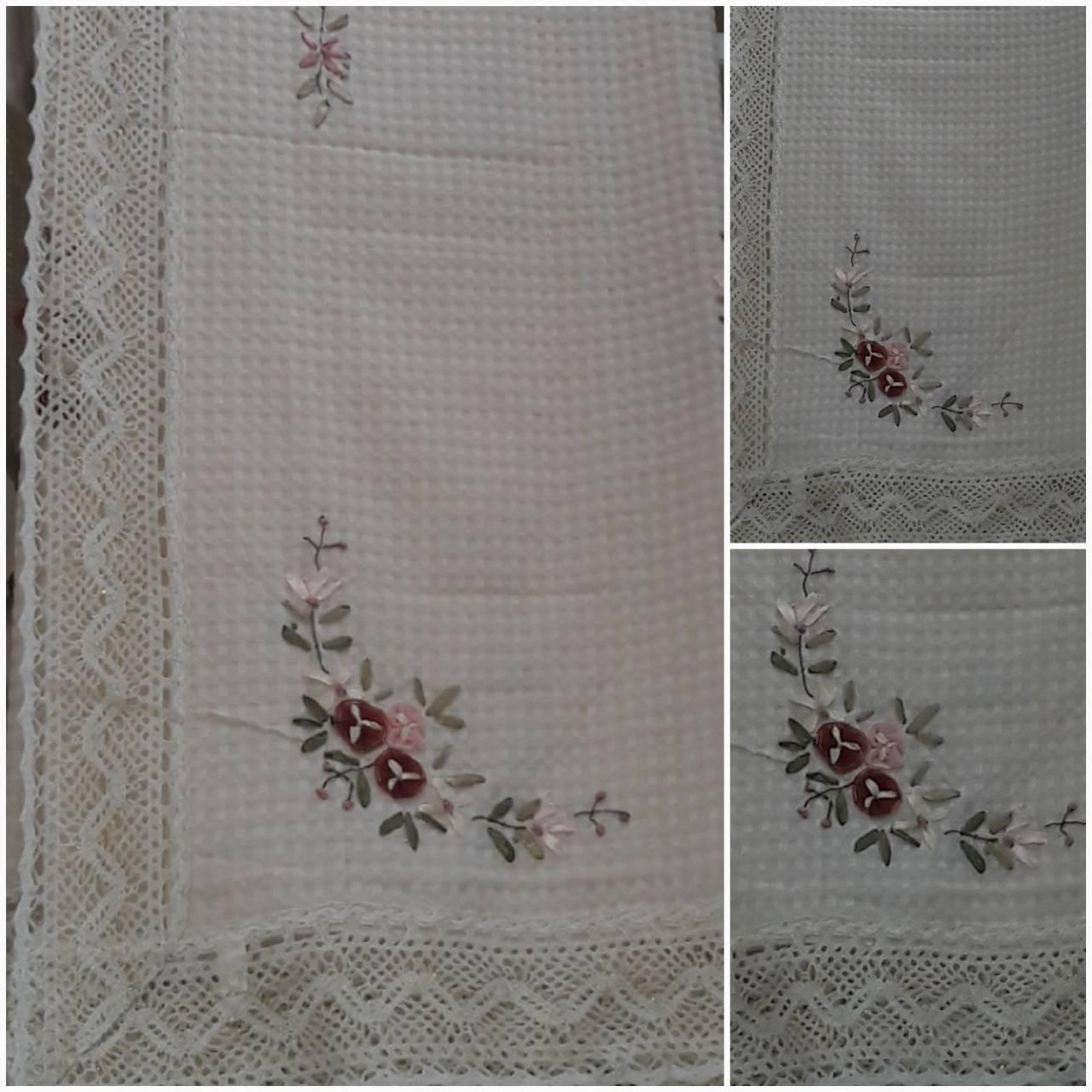 Скатерть из льна с ленточной вышивкой, вафелька, 150х220 см., 410/360 (цена за 1 шт. + 50 гр.)