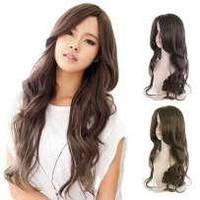 Красивый парик, косая челка,три оттенка,длинные волнистые волосы.