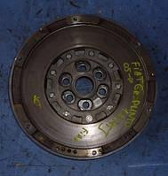 Маховик демпферный (двухмассовый маховик ) FiatGrande Punto 1.6MJet2005-55207746