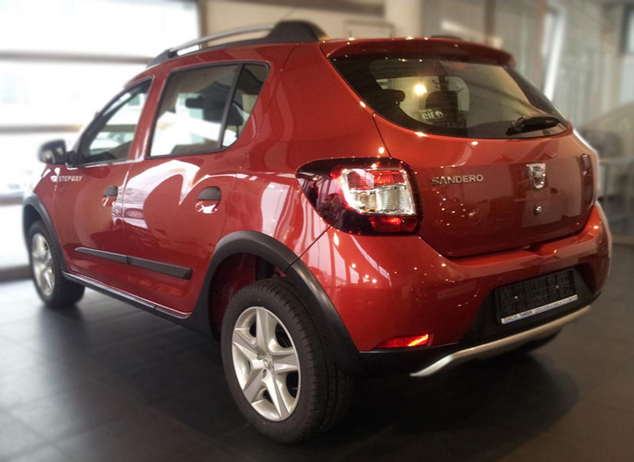 Молдинги на двери Renault Dacia Sandero II 2013-2018