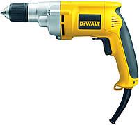 Дрель DeWalt DW221, 701 Вт, 13,8 Нm, 0-2500 об/мин, БЗП,  реверс, 1,3 кг