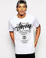 Белая  стильная футболка c принтом