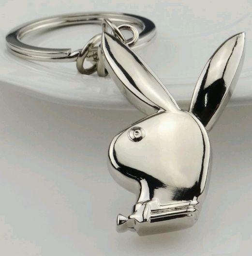 Брелок в виде символа Playboy кролика металл SKU0000844