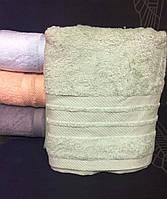 Махровое однотонное полотенце для сауны ЗЕЛЕНОЕ