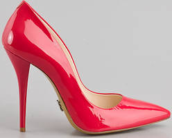 Женская обувь.