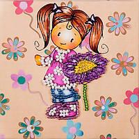 Магнит вышитый бисером Волшебная страна Девочка с цветком (FLA104) 9 х 9 см