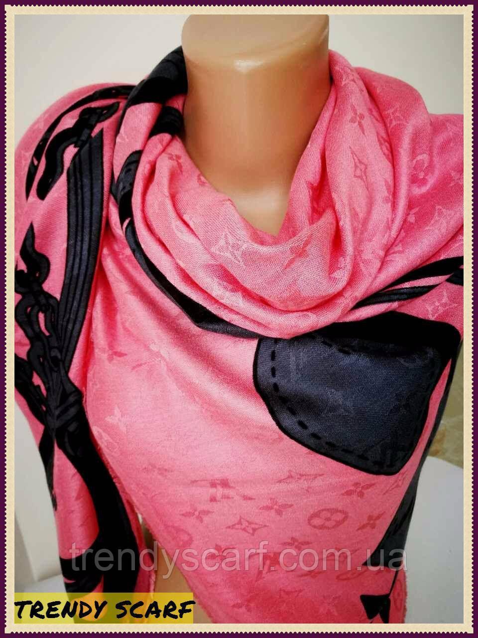 Женский Платок Louis Vuitton Луи Виттон розово-черный цветной monogram реплика шерсть шелк 40/150