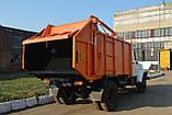 Сміттєвоз КО-433-01 з заднім ручним завантаженням на шасі ГАЗ, фото 2