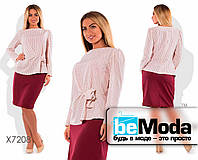 Стильный женский костюм большого размера из блузы в мелкий горох и юбки-карандаш розовый