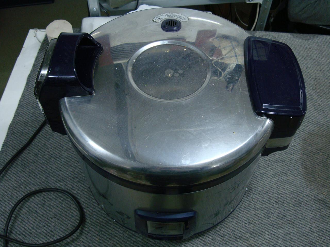 Профессиональная рисоварка Cuckoo CR-3021 с термосом.