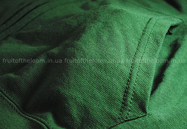 Тёмно-зелёная мужская лёгкая толстовка с капюшоном на замке