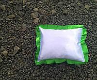 Подушка атласная прямоугольник, рюш зеленая