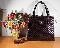 Лаковая сумка коричневая