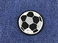 Нашивка футбольный мяч черный 50 мм