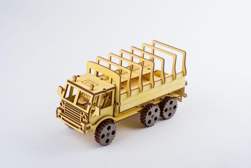 Деревянный 3D-пазл ekoGOODS КрАЗ Бортовой