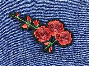 Нашивка Цветок 9 бутонов цвет красный 95х54 мм